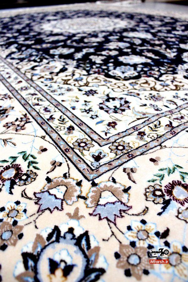 فرش دستباف نایین، زمینه سرمه ای 255 * 180