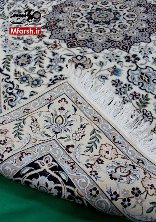 فرش دستباف لچک سرمه ای نایین دو ذرع و نیم