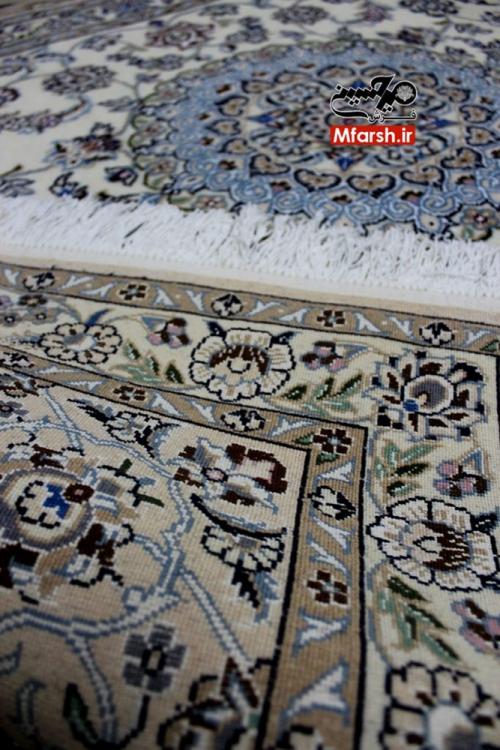 فرش دستباف دو متری نایین زمینه کرم 9لا