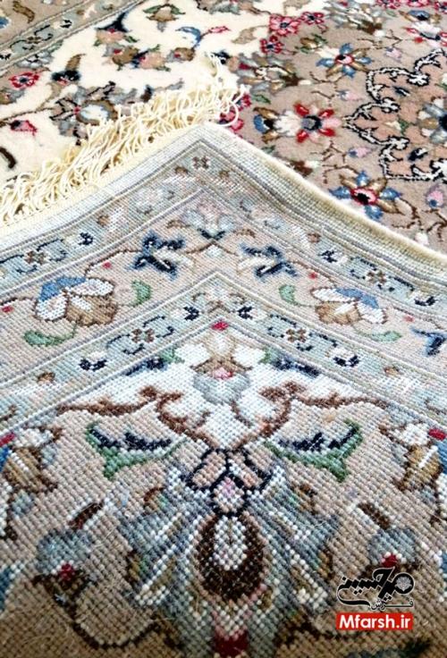 فرش ذرع و نیم دستباف اردکان طرح شکوفه 20 خانه بافت پشت فرش