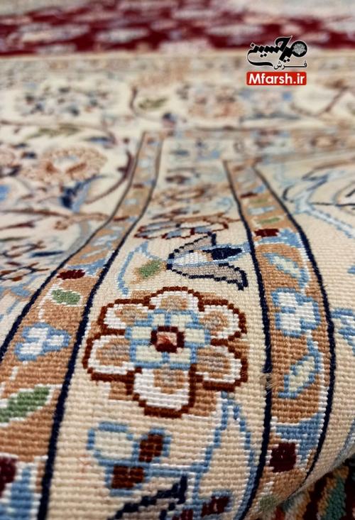 قالیچه چهار متری دستباف لچک ترنج نایین زمینه لاکی 6لا بافت پشت