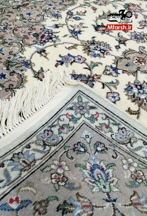 قالیچه اصل اردکان طرح موژان گل ابریشم 32 خانه پشت